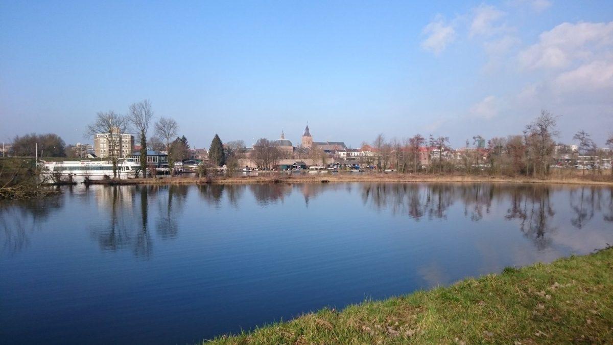 Zicht op de Linge en Leerdam